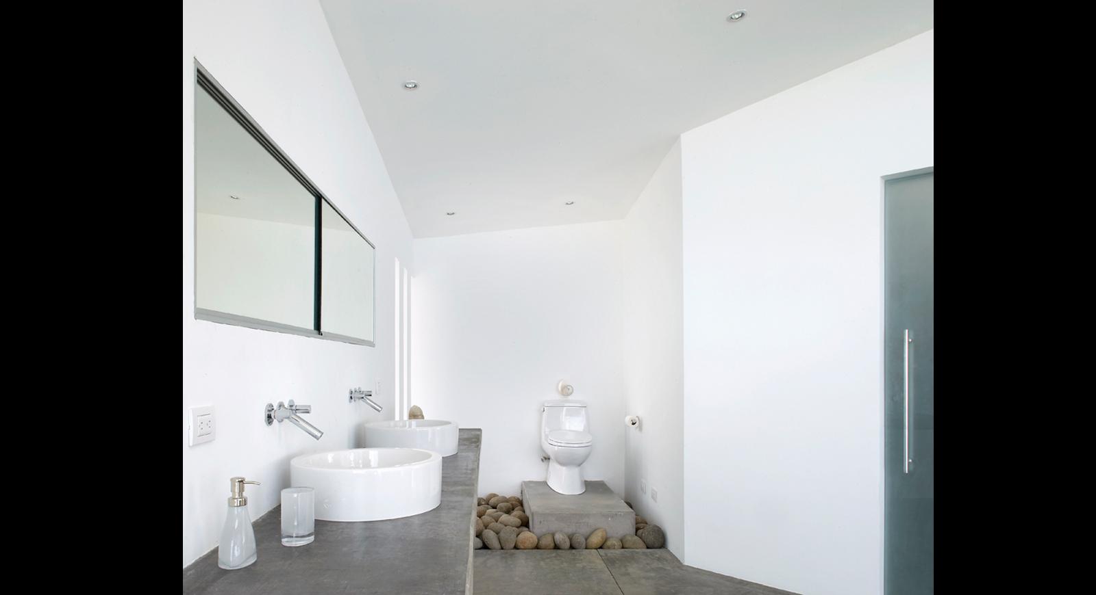 bathrooms (20)